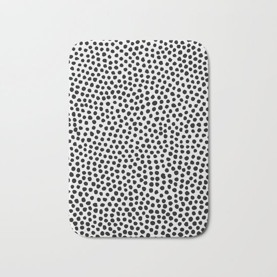 Dots Pattern Bath Mat