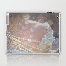 The Kiss of Vanity Laptop & iPad Skin