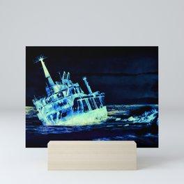 shipwreck aqrelsi Mini Art Print