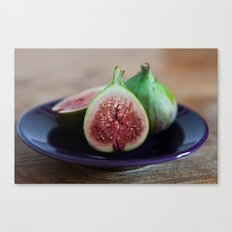 figs on plate Canvas Print