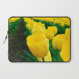 Standing from the crowd Laptop Sleeve