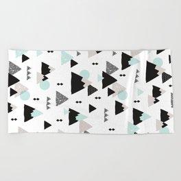 Geometric Fuji mountain japan travel pattern Beach Towel