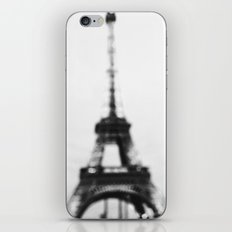 Eiffel out of focus iPhone & iPod Skin