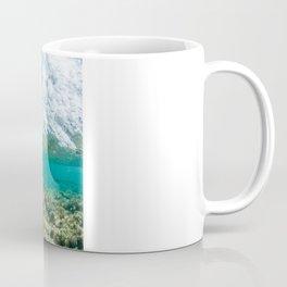 Cormoran duck dive / Passage de Cormoran sous une vague / 波の下で鵜パッセージ Coffee Mug