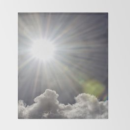 Lens flare sunflash Throw Blanket