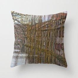 River Blau - Ulm ( Fischerviertel ) Throw Pillow