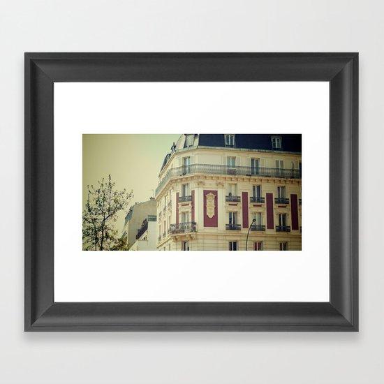La Parisienne Framed Art Print