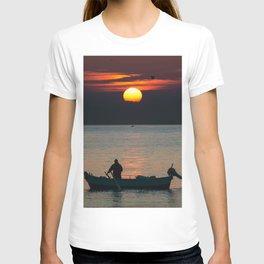 Sunrise Boat! T-shirt