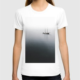 SHIP ON WATER DURING CLOUDLESS SKY T-shirt