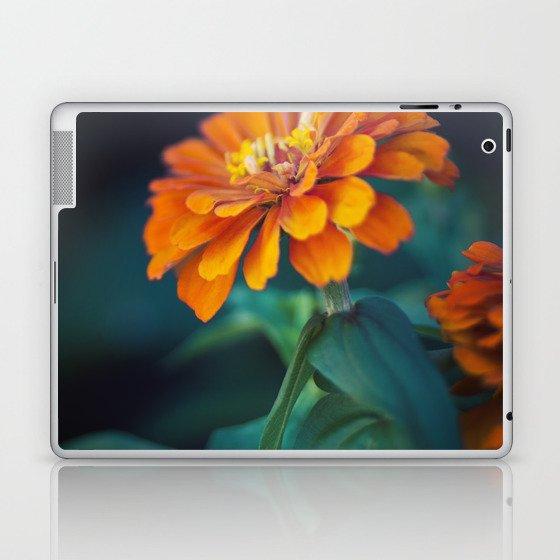 Zinnia Laptop & iPad Skin