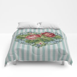 Knitted vintage roses heart in tapestry syle Comforters