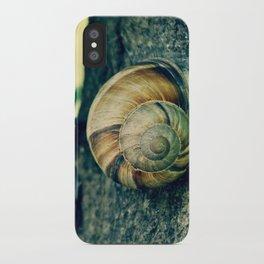 OOLIQUE iPhone Case