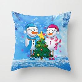 Snowmans  Throw Pillow