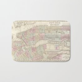 new york city old map Bath Mat