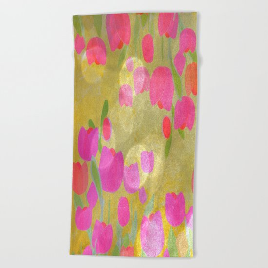 Tulips Love Beach Towel