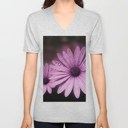 DEW DROPS ON DAISIES Unisex V-Neck