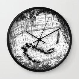 asc  833 - La reine de la jungle (Swimming hazards) Wall Clock