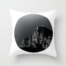 Montaña Throw Pillow