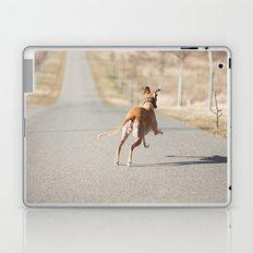 run run run Laptop & iPad Skin