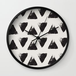 Triangle Pattern I Wall Clock