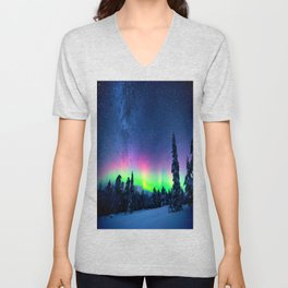 Aurora Borealis Over Wintry Mountains Unisex V-Neck