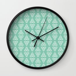 Green Celtic Knot: Trinity Knot Wall Clock