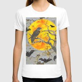 HALLOWEEN NIGHT BATS & RAVEN GOLDEN  MOON T-shirt