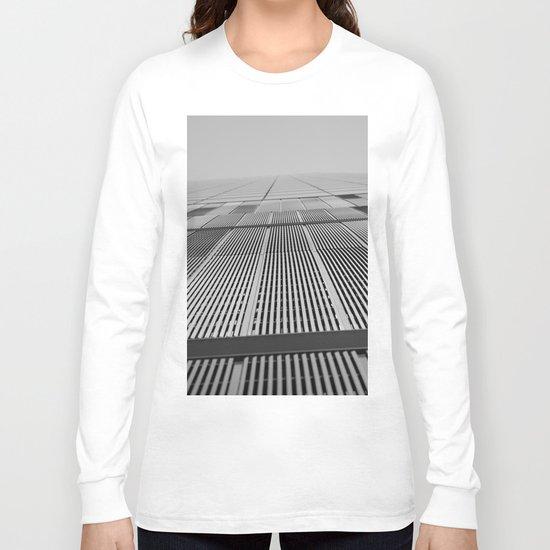 NEW YORK BUILDING.  Long Sleeve T-shirt