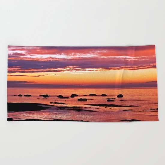 Sainte-Anne-Des-Monts Signature Sunset Beach Towel