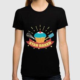 Star Baker I Funny Baking Cupcake Muffin  design T-shirt