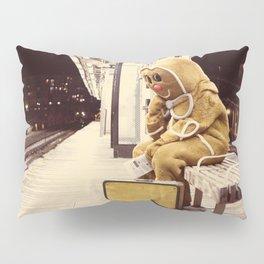 Gingerbread Man At Large Pt1 Pillow Sham