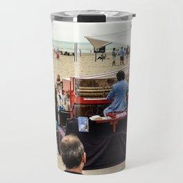 le piano sur la plage Travel Mug