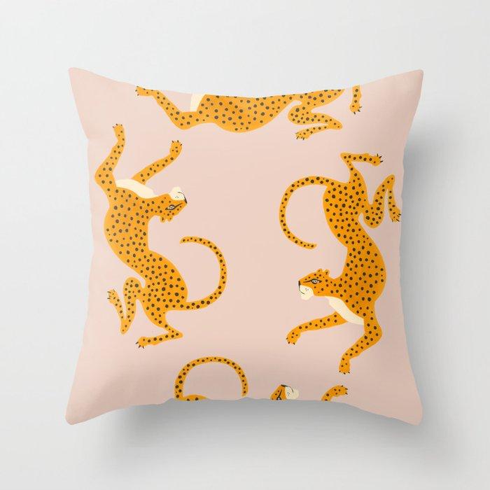 Leopard Race - pink Throw Pillow