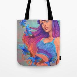 A garota e os peixes Tote Bag