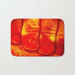 Dedos Rojos Bath Mat