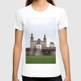 Kaliningrad Russia Sovetsk Queen Louise bridge Bridges Grass Rivers Cities river T-shirt