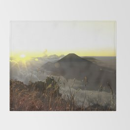 YELLOW SUNRISE Throw Blanket