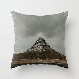 Iceland Kirkjufell Mountain Throw Pillow