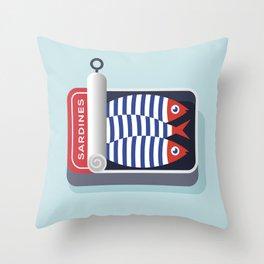 La boîte de sardines Throw Pillow