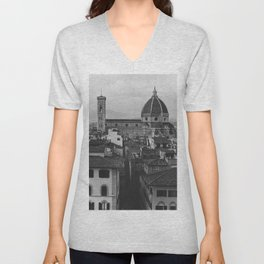 The beautiful city of Florence | De Cattedrale di Santa Maria del Fiore | Analog photography black and white art print Unisex V-Neck