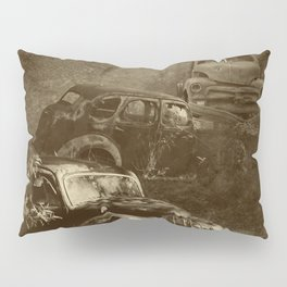 Cars in the jungle Pillow Sham