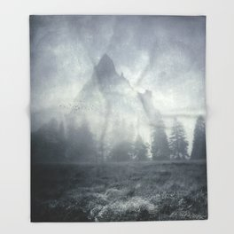 guardians of lonely mountain Throw Blanket