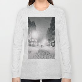 Alone in a Blizzard - New York City Long Sleeve T-shirt