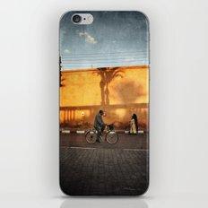 vélocipède sunset iPhone & iPod Skin