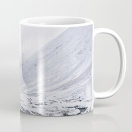 Heavy snow falling over the Kirkstone Pass. Cumbria, UK. Coffee Mug