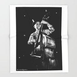 The old contrabass player Throw Blanket