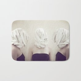The three graces Bath Mat
