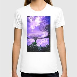 Supertree Grove in Singapore. Futuristic Architecture Photography. T-shirt