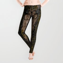 Cool Brown mossy wood bark yellow lichen pattern Leggings