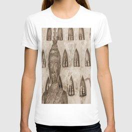 Wat Si Saket Buddhas V, Vientiane, Laos T-shirt